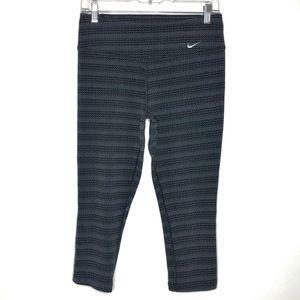 Nike Gray and Black Printed Capri Leggings Size M